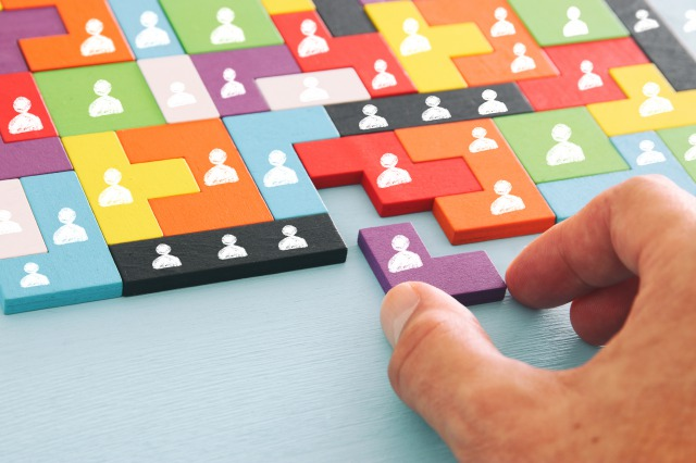 【いまココ見とけ!ビジネスコラム第76回 ICTをビジネスに生かすには自社社員を鍛える。コマツがチャレンジするAI人材100人できるかな?】
